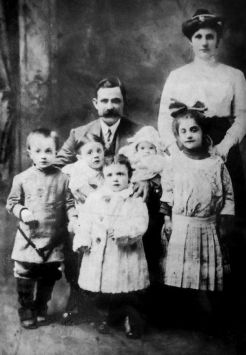 Prediletto family 1910