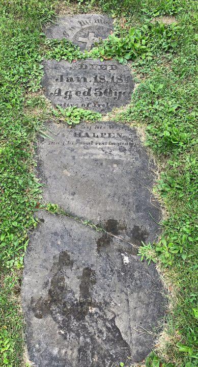 Peter Halpen gravestone pre-restoration
